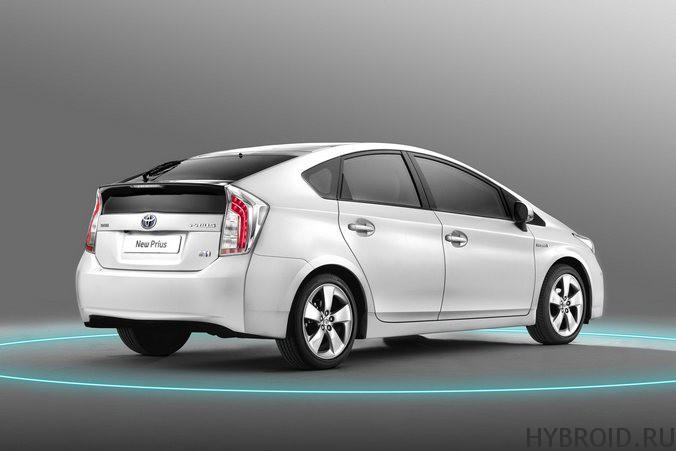 Автомобиль-гибрид Toyota Prius: лидер по продажам в США и России
