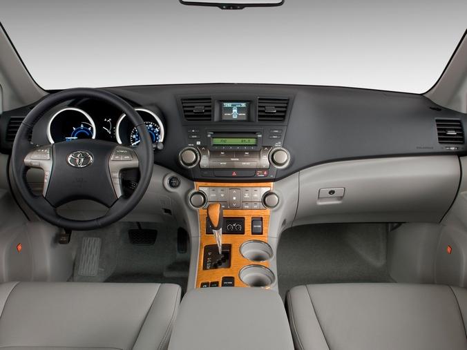 Фотографи Toyota Highlander (гибрид) салон
