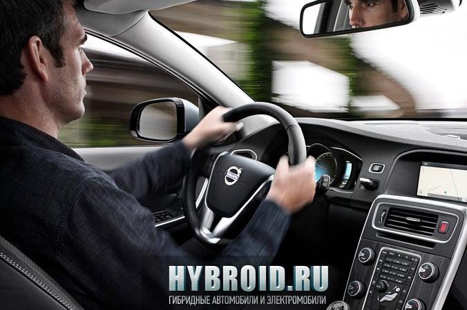 Салон гибридного Volvo V60