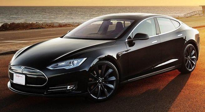 Tesla Model S признан самым лучшим электромобилем