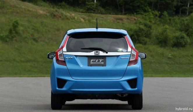 Honda Fit - вид сзади
