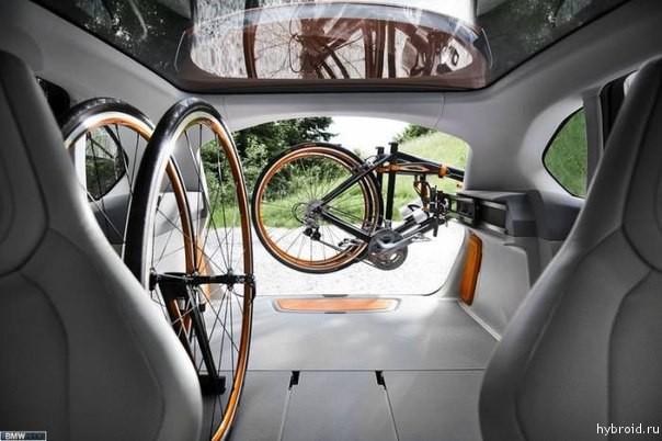 Крепление для велосипедов в Active Tourer Outdoor от BMW