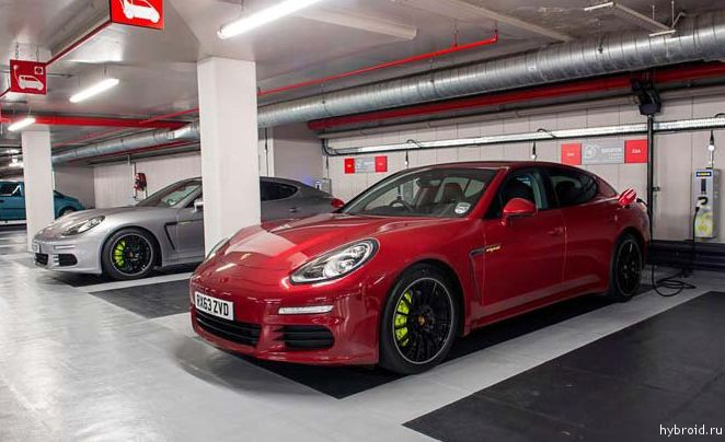 Porsche Panamera S E-Hybrid получил одобрение OLEV
