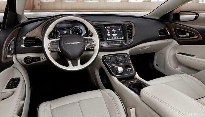 Chrysler 200 внутри автомобиля