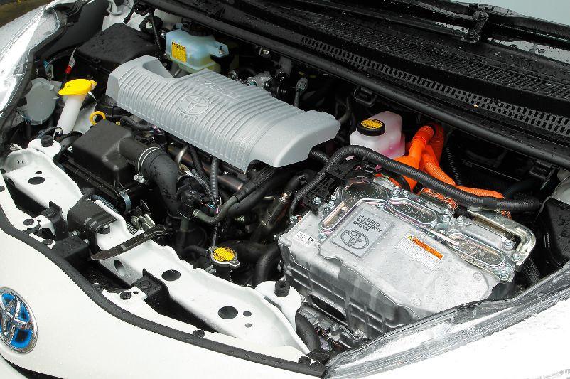 Toyota Yaris автомат напрокат