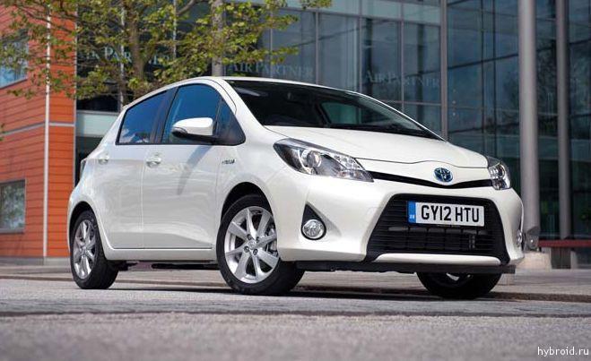Тойота увеличивает проиводство Yaris Hybrid