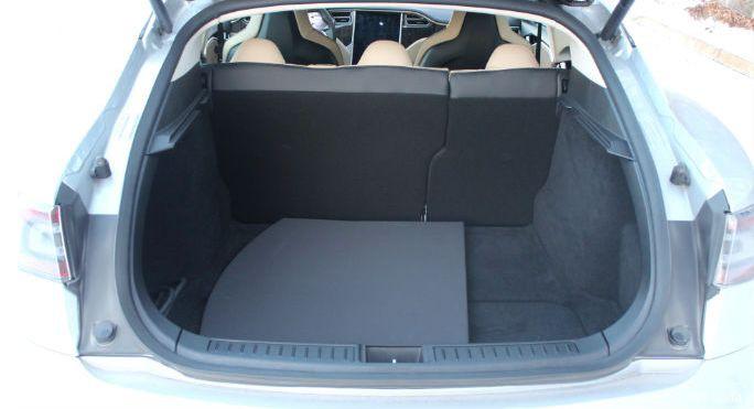 Багажное отделение Model S