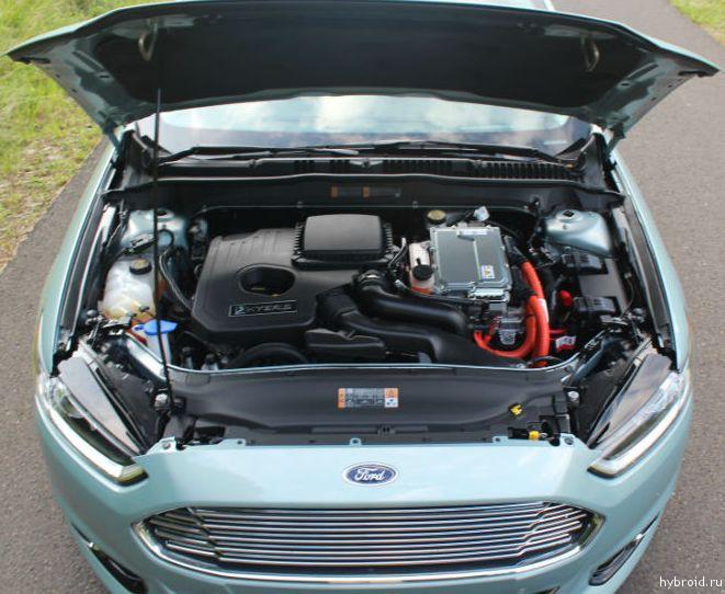 Ford Fusion Hybrid под капотом