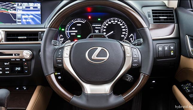 Lexus GS 300h Hybrid