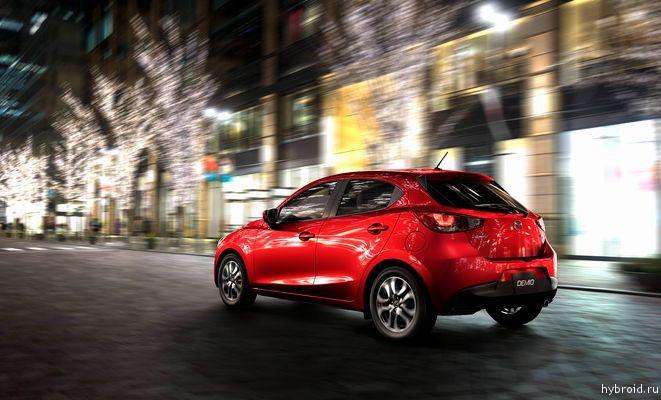 Mazda2 2016 дебютирует на автосалоне в Монреале