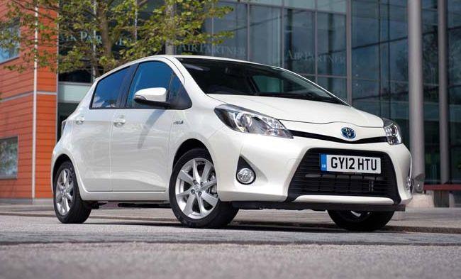 Toyota пополнила гибридами Co-wheels