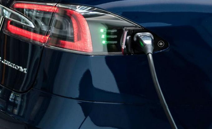 Tesla готовят кроссовер Model 3