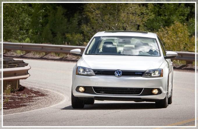 VW-JETTA-HYBRID-IMG03