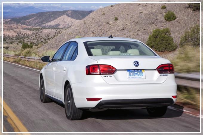 Обзор гибридного автомобиля VW Jetta