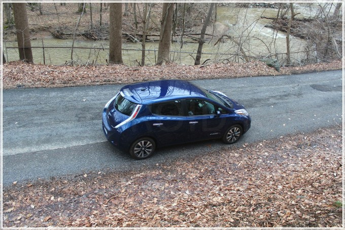 new_nissan_leaf_05