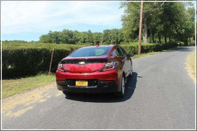 Обзор внешнего вида электромобиля