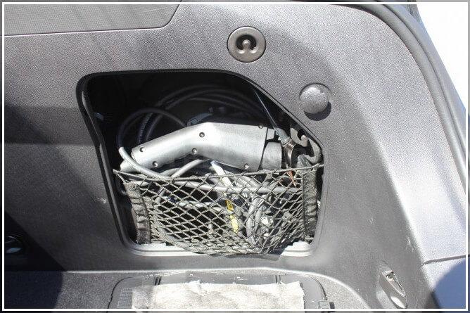 Портативное зарядное устройство для электромобиля