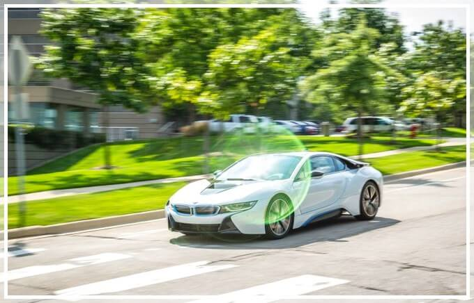 Стоимость электромобиля BMW i8 в Москве (Россия)