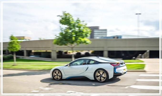 Технические характеристики BMW i8 (2017 года)
