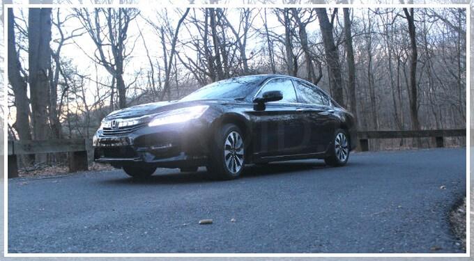 Продажа гибридной версии Honda Accord в России