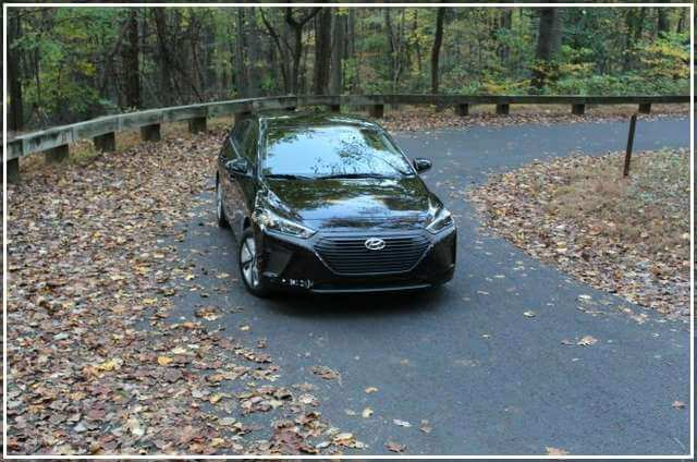 Дизайн и скоростные характеристики Hyundai Ioniq Hybrid