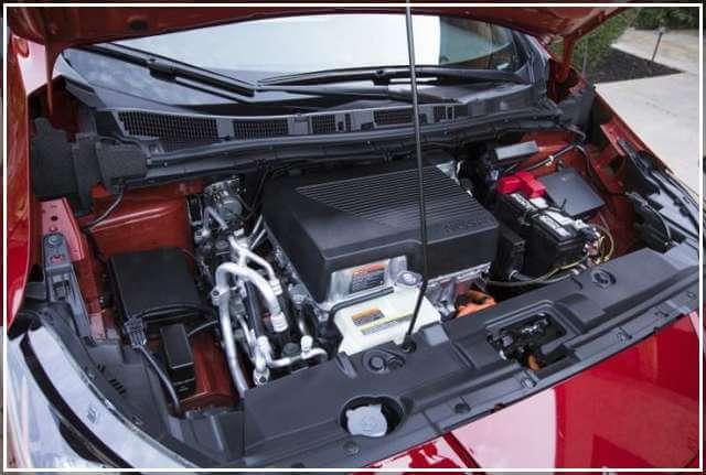 Электродвигатель в Nissan Leaf 2018 комплектация SL