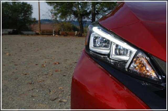 Оптика в Nissan Leaf SL