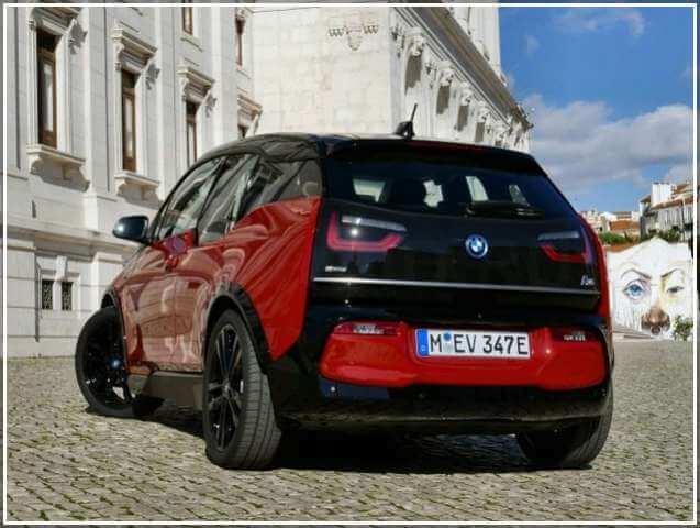 BMW i3 2018 года выпуска
