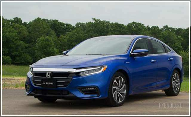 Первый тест-драйв Honda Insight 2019 в России