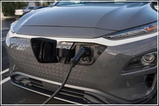 Быстрая зарядка Внутри салона Hyundai Kona 2019 года