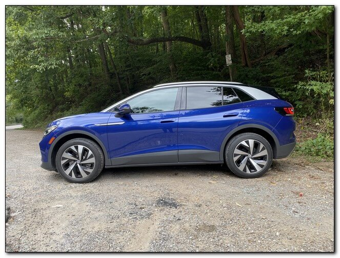 Volkswagen ID4: обзор электромобиля